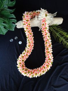 Beige and Coral Fancy Ribbon Lei | leibling - Floral on ArtFire