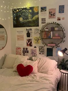 Indie Room Decor, Cute Room Decor, Aesthetic Room Decor, Indie Bedroom, Study Room Decor, Room Ideas Bedroom, Bedroom Inspo, Bedroom Decor, My Room