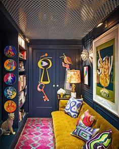design - Inside Jonathan Adler and Simon Doonan's Glitz West Village Makeover Living Room Decor, Living Spaces, Bedroom Decor, Pop Art Bedroom, Bold Living Room, Estilo Kitsch, Flur Design, Design Design, Design Ideas