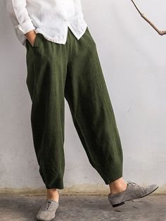 O-NEWE Vintage Elastic Waist Pure Color Pocket Pants For Women sells at a discount price. Buy cheap capri pants at NewChic.com Mobile.