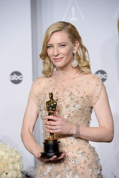 Oscars 2014, Red Carpet Hair, Uk News, Hairstyles, Formal Dresses, Inspiration, Vintage, Tops, Fashion