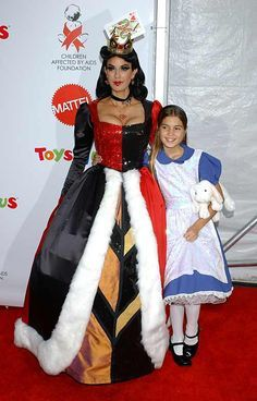 best mother daughter costume - Google Search                                                                                                                                                                                 More