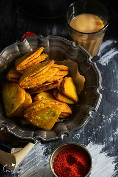 Pin it to save it for later ! Farsi Khaman Puri, an another  creation of mine, flavourful and delicious! Inspired by my favourite Diwa...