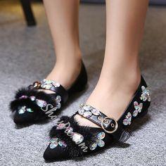Shoespie Elegant Rhinestone Buckled Loafers