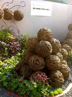 433 Best Garden Art Balls Images In 2017 Garden Art