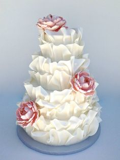 44 Spectacular Wedding Cake Ideas from Sweet on Cake. To see more: http://www.modwedding.com/2014/10/26/44-spectacular-wedding-cake-ideas-sweet-cake/ #wedding #weddings #wedding_cake
