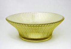 Säde: | Göran Hongell | Karhula Glass Design, Design Art, Shopping Places, Lassi, Old Antiques, Scandinavian Design, Finland, Modern Contemporary, Decorative Bowls