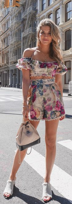 Zimmermann - Floral Two Piece Set - Chanel Backpack - Woven Mules - Summer Style - Summer Chic - Summer Outfit Inspo - 2018 Trends - NYC Street Style Summer Outfit For Teen Girls, Chic Summer Outfits, Summer Outfits Women, Outfits For Teens, Cute Outfits, Summer Chic, Style Summer, Lux Fashion, Fashion Outfits