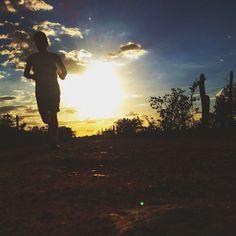 """""""Eis que os caminhos do homem estão perante os olhos do Senhor, e ele pesa todas as suas veredas. Provérbios 5:21"""""""