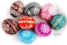 Pisanki kurze drapne 4, 2015. Art Inspo, Easter Eggs, Hand Painted, Diy, Crafts, Inspiration, Patterns, Match Boxes, Biblical Inspiration