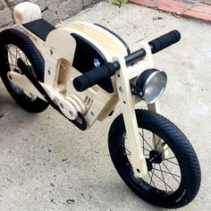 Parenting done right. ☺️ by Johann de Wet 🙌🏼 Holzspielzeug , Parenting done right. ☺️ by Johann de Wet 🙌🏼 Parenting done right. ☺️ by Johann de Wet 🙌🏼. Green Woodworking, Woodworking Shop Layout, Japanese Woodworking, Unique Woodworking, Woodworking Projects That Sell, Woodworking Workbench, Woodworking Crafts, Woodworking Quotes, Wood Bike