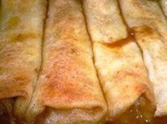 Apple Pie Enchiladas recipe featured on DesktopCookbook. Ingredients for this Apple Pie Enchiladas recipe include 1 21 oz can apple pie filling, 6 tortillas shells , 1 teaspoon cinnamon , and c butter. Create your own online recipe box. Think Food, I Love Food, Good Food, Yummy Food, Fun Food, Apple Recipes, Sweet Recipes, Apple Desserts, Desserts With Apples
