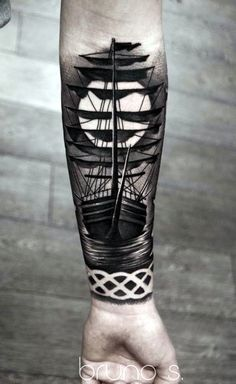 45 Damn Good Black and Grey Tattoos Designs Fashion Enzyme Here we have good picture about tattoo designs black and gray. Great Tattoos, Trendy Tattoos, Body Art Tattoos, New Tattoos, Tattoos For Guys, Tatoos, Small Tattoos, Tiny Tattoo, Band Tattoos For Men