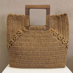 Creative And Attractive Crochet Ideas And Projects Diy Tote Bag, Reusable Tote Bags, Crochet Wallet, Crochet Christmas Gifts, Basket Bag, Crochet Handbags, Knitted Bags, Handmade Bags, Straw Bag