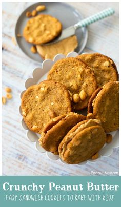 Crunchy peanut butter cookies are perfect for baking cookie sandwiches with kids. These thin and chewy cookies are the perfect fall treat for any party. Homemade Peanut Butter Cookies, Classic Peanut Butter Cookies, Peanut Butter Filling, Creamy Peanut Butter, Easy Baking Recipes, Cookie Recipes, Baker Recipes, Kid Recipes, Party Recipes