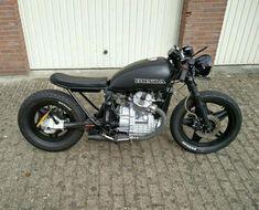 www.marktplaats.nl/motoren-honda/honda-bratstyle-caferacer-500cc Origineel: Honda GL500D Bouwjaar:...