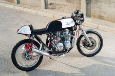Honda CB550 Cafe Racer 9