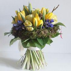 yau flori_buchet galben cu flori de primavara  #bouquet #flowers #floraldesign #floralart #floral #specialbouquets #modernbouquet