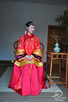 Traditional Chinese Wedding Dress(after Qing Dynasty I think). #fashionhistory