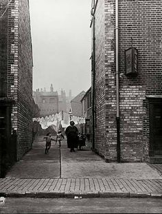 Bell Barn Road Lee Bank Birmingham U K dated Thanks to the public works dept Birmingham City council for photo. Freaky Deaky, Birmingham England, My Family History, City Council, West Midlands, Slums, Working Class, Peaky Blinders, Places Of Interest
