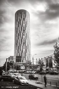 Architecture in the new and modern Bucharest - Romulus ANGHEL - Picasa Web Albums Bucharest, Albums, New York Skyline, Architecture, Modern, Photos, Travel, Picasa, Arquitetura