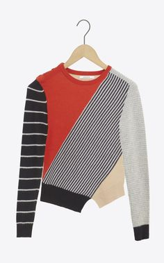 Asymmetrical multicolored pullover