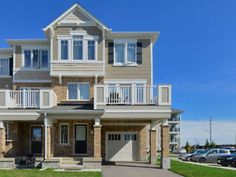 END UNIT  FREEHOLD TOWNHOUSE IN MILTON SAT-SUN OPEN HOUSE 29/30
