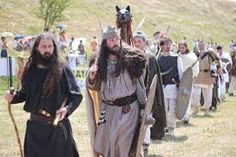 Romanian men and women remember and celebrate their ancestors – the Getae-Dacians Iron Age, Romanian Men, Honor Guard, Early Middle Ages, Paintings I Love, Nicu, Dark Ages, Old Photos, The Past