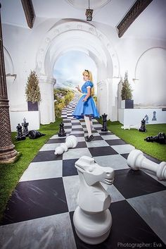 Birthday party dress alice in wonderland 65 Ideas Source by mbaturoni dresses idea Alice In Wonderland Decorations, Wonderland Events, Alice In Wonderland Tea Party, Adventures In Wonderland, Mad Hatter Party, Wanderland, Lewis Carroll, Through The Looking Glass, Backdrops
