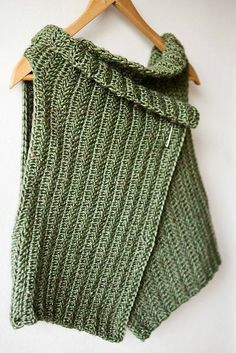 Pattern: Wrap around Vest  -- pattern is written in Italian #freecrochetpatterns