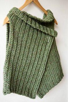 Pattern: Wrap around Vest  -- pattern is written in Italian #freecrochetpatterns