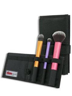 Real Techniques by Samantha Chapman, On Location, Travel Essentials, 3 Brushes + Case   $20.82