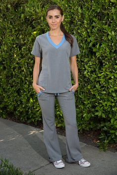 Blue and Gray Nursing Uniform Medical Scrubs Dental Hygienist Pant Cute Scrubs Uniform, Scrubs Outfit, Dental Scrubs, Medical Scrubs, Medical Uniforms, Work Uniforms, Nursing Wear, Nursing Clothes, Stylish Scrubs