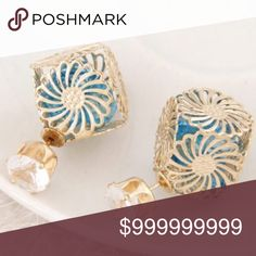 ❣ Blue & Gold Tone Chrysanthemum Rhinestone Earring Studs Jewelry Earrings