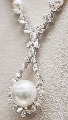 Necklaces – Page 3 – Modern Jewelry Gems Jewelry, Art Deco Jewelry, Modern Jewelry, Pearl Jewelry, Bridal Jewelry, Antique Jewelry, Fine Jewelry, Jewelry Necklaces, Jewelry Design