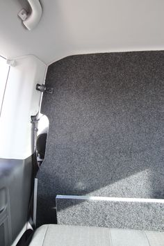 Volkswagen Transporter T6 Tamlans, Upholstered Partition Wall