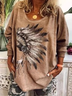 2020 New Women Casual Printed Round Neck Long Sleeves Plus Size Cotton T-Shirt Loose Pullover Autumn Blouse Casual Tops, Casual Shirts, Long Sleeve Sweater, Long Sleeve Shirts, Off Shoulder Fashion, New Print, Blouse Styles, Sweater Fashion, 1 Piece