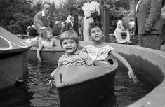 Kis vidámpark. Retro Kids, Budapest, Hungary, Old Photos, Retro Vintage, Marvel, History, Painting, Inspire
