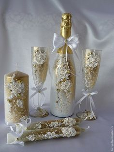 Discover thousands of images about 30 Beautiful Wedding Glasses Décor Ideas Wine Bottle Art, Diy Bottle, Wine Bottle Crafts, Wedding Wine Glasses, Wedding Bottles, Champagne Glasses, Wedding Champagne, Bottles And Jars, Glass Bottles