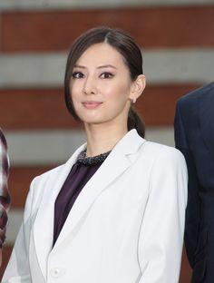北川景子のスッとした鼻筋を作る働き女子の理想顔メイクテク