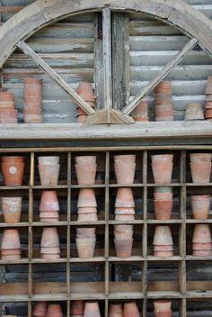 ♥ potting shed ♥ Garden Projects, Garden Tools, Garden Sheds, Garden Urns, Garden Houses, Olive Jar, Potting Tables, Pot Jardin, Potting Sheds