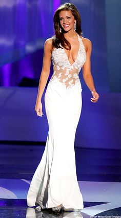 Jennifer Berry Miss America pageant in a gorgeous gown