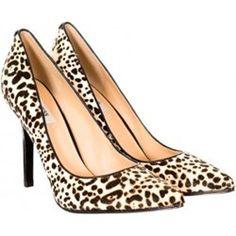 Guess. Zapatos de piel Carbinly  animal print esdemarca el-marron Animal