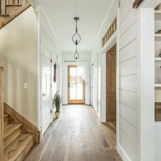 This Indiana Modern Farmhouse is Nothing Short of Breathtaking - Farmhouse Design and Decorating Ideas Farmhouse Design, Rustic Farmhouse, Farmhouse Style, Farmhouse Renovation, Style At Home, Wood Trim, Home Interior, Home Fashion, Modern Rustic