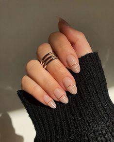 Chic Nails, Stylish Nails, Classy Nails, Classy Almond Nails, Casual Nails, Almond Nail Art, Almond Acrylic Nails, Les Nails, Nagellack Design