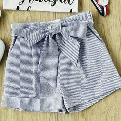 Marthi Plaid Shorts, Cute Shorts, Striped Shorts, Cute Summer Outfits, Casual Outfits, Fashion Outfits, Teen Girl Outfits, Clothing Sites, Chor