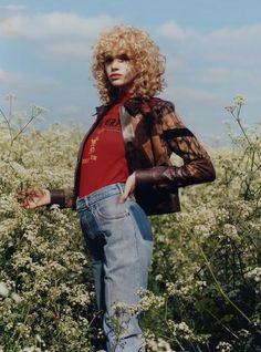 Jane How Introduces Harley Weir (Vogue Italia)