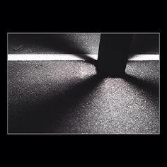 Wo viel Licht ist ist stärker Schatten. - J. W. von Goethe #art #licht #schatten #goethe #fotografie #schattenspiel #bw