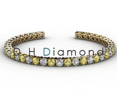 Round Shaped natural Diamond Tennis Bracelet with VVS-EF, 2.10ct and 20 Pieces of Yellow Colure Stone, 14k White Gold, USD 3602. (IND Rs. 2,37,400/-)