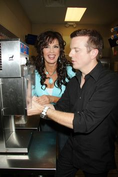 Marie Osmond @ Dairy Queen promoting Miracle Treat Day 8.5.10